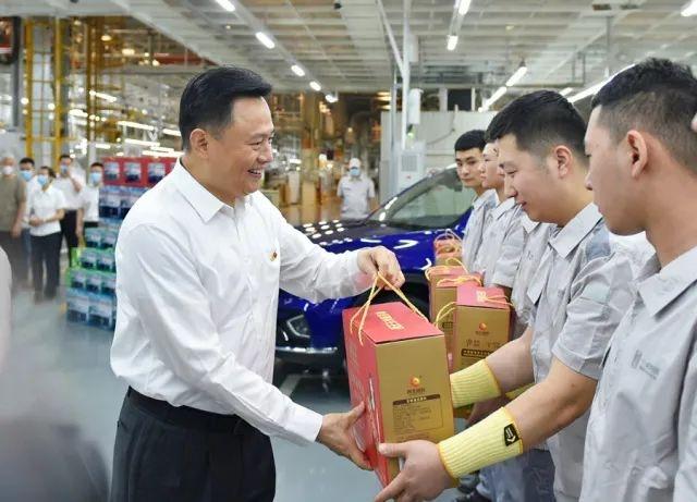 2020年共生产351995辆 一汽集团2021生产目标为64万辆